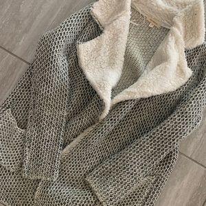 Gray Fluffy Coat ✨